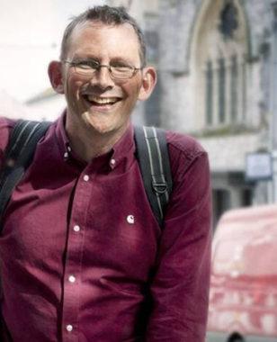 Comment répondre à l'urgence climatique & sociale par la créativité & l'enthousiasme : Rob Hopkins était à MBS à l'occasion du Transition Tour