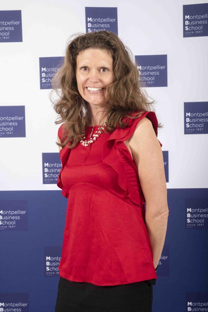 Dr Linda HOLLEBEEK