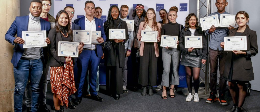 The Scholarship Ceremony: the realization of a social policy supported by companies and by the Foundation